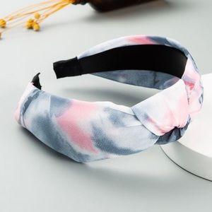3/$20 Knotted Gray/Pink Headband